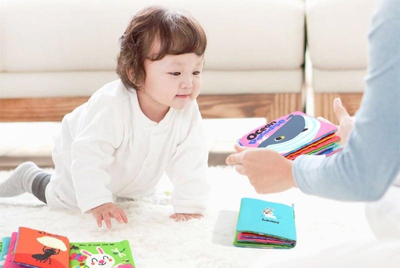 ของเล่นเสริมพัฒนาการสำหรับเด็กแรกเกิดถึงหนึ่งขวบ